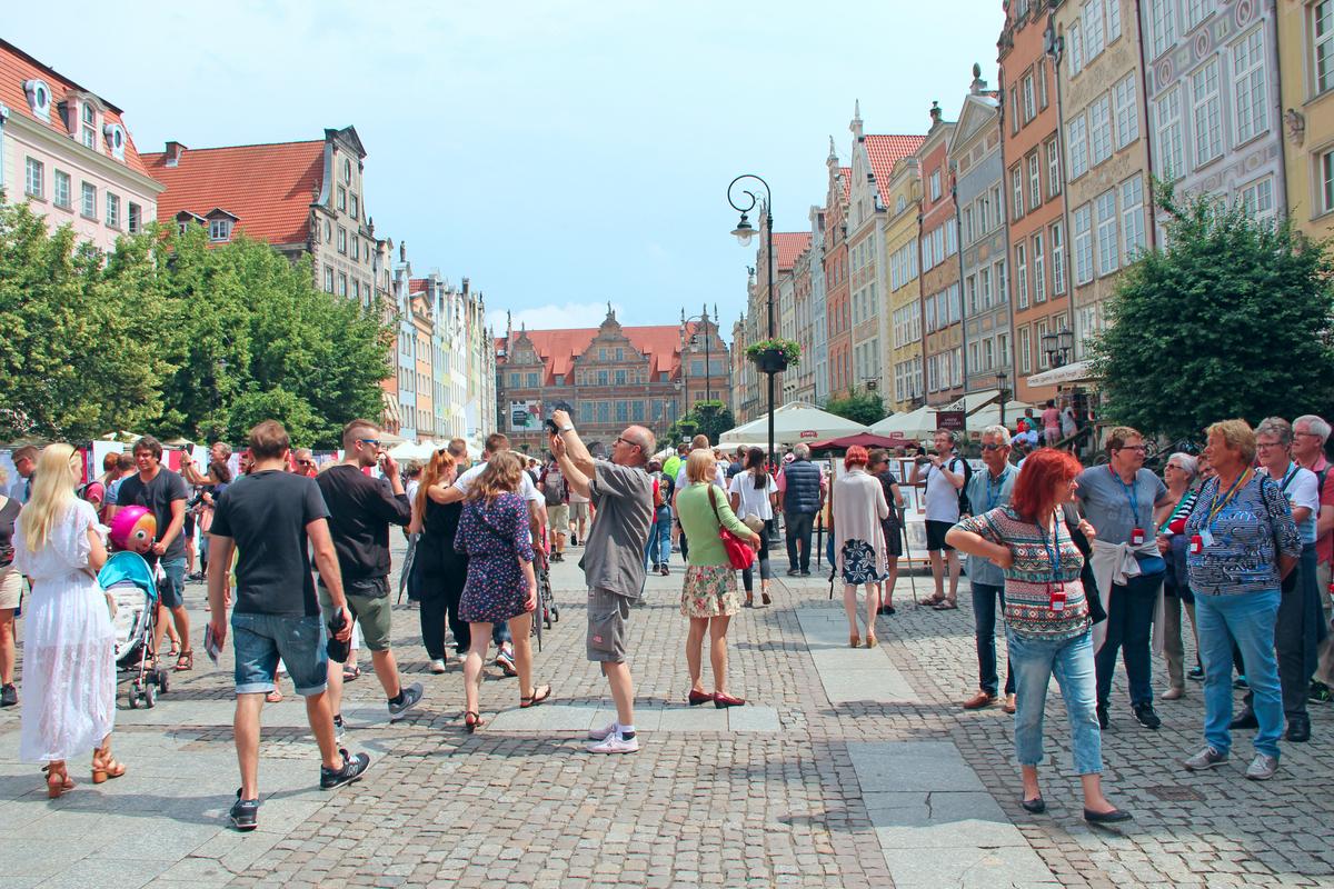 turyści w gdansku