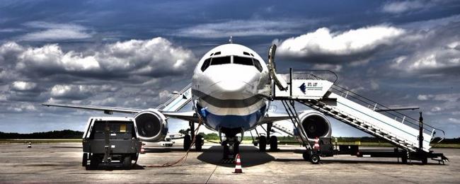 samolot Boeing 737 Enterair