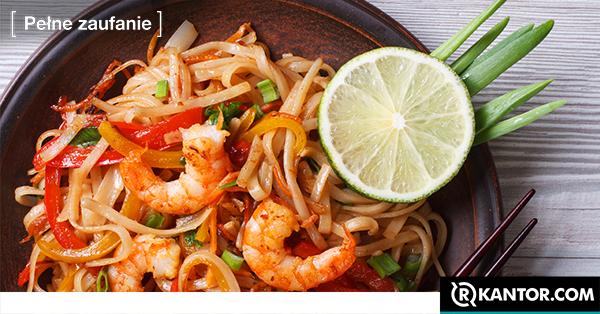 tajski posiłek Pad thai