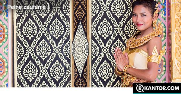 tajka w tradycyjnym stroju