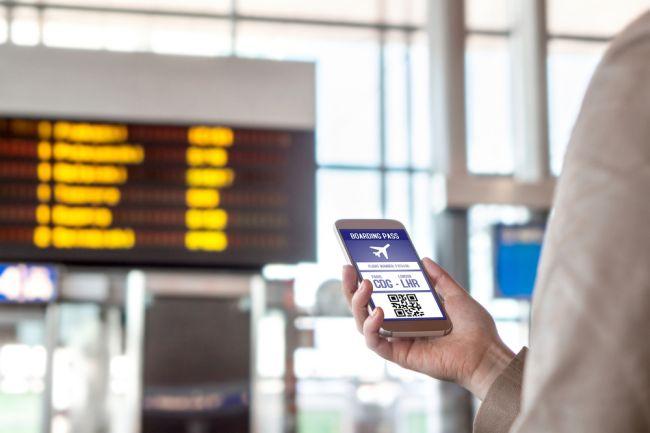 Bilet lotniczy w telefonie