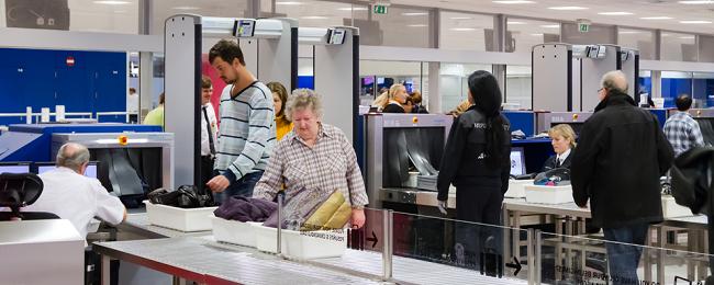 kontrola na lotnisku