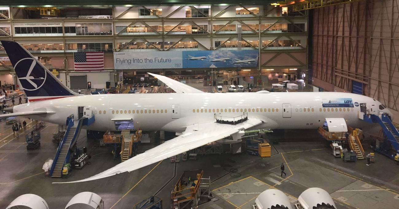 Dreamliner 787-9 LOT w budowie