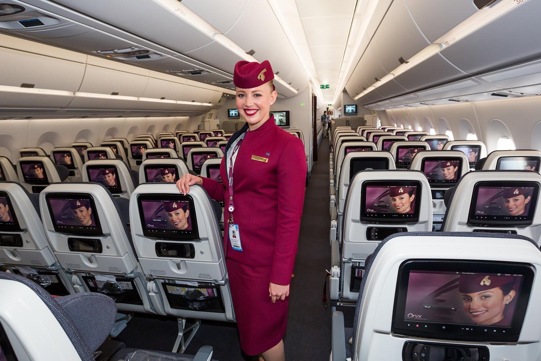stewardesa qatar airways