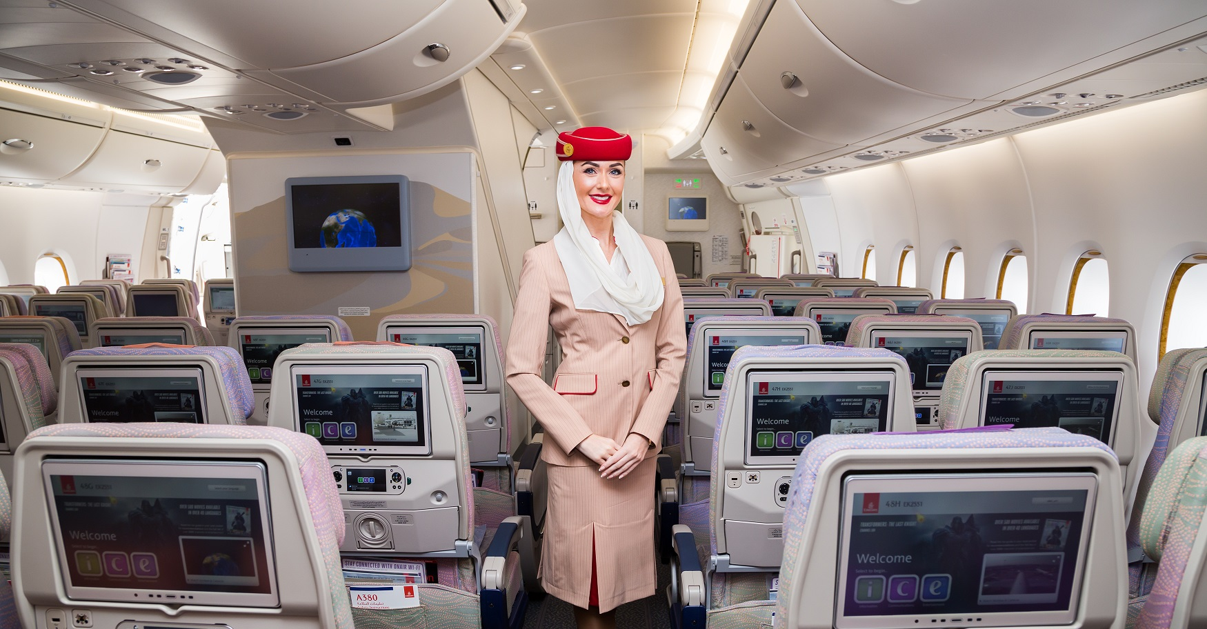 emirates stewardesa