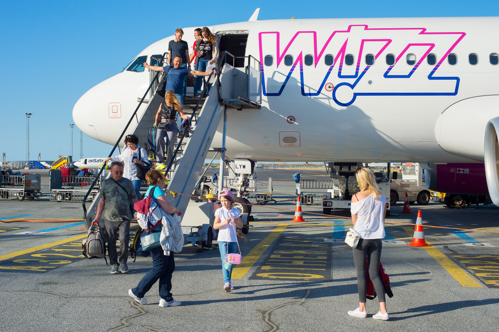 boarding Wizz Air