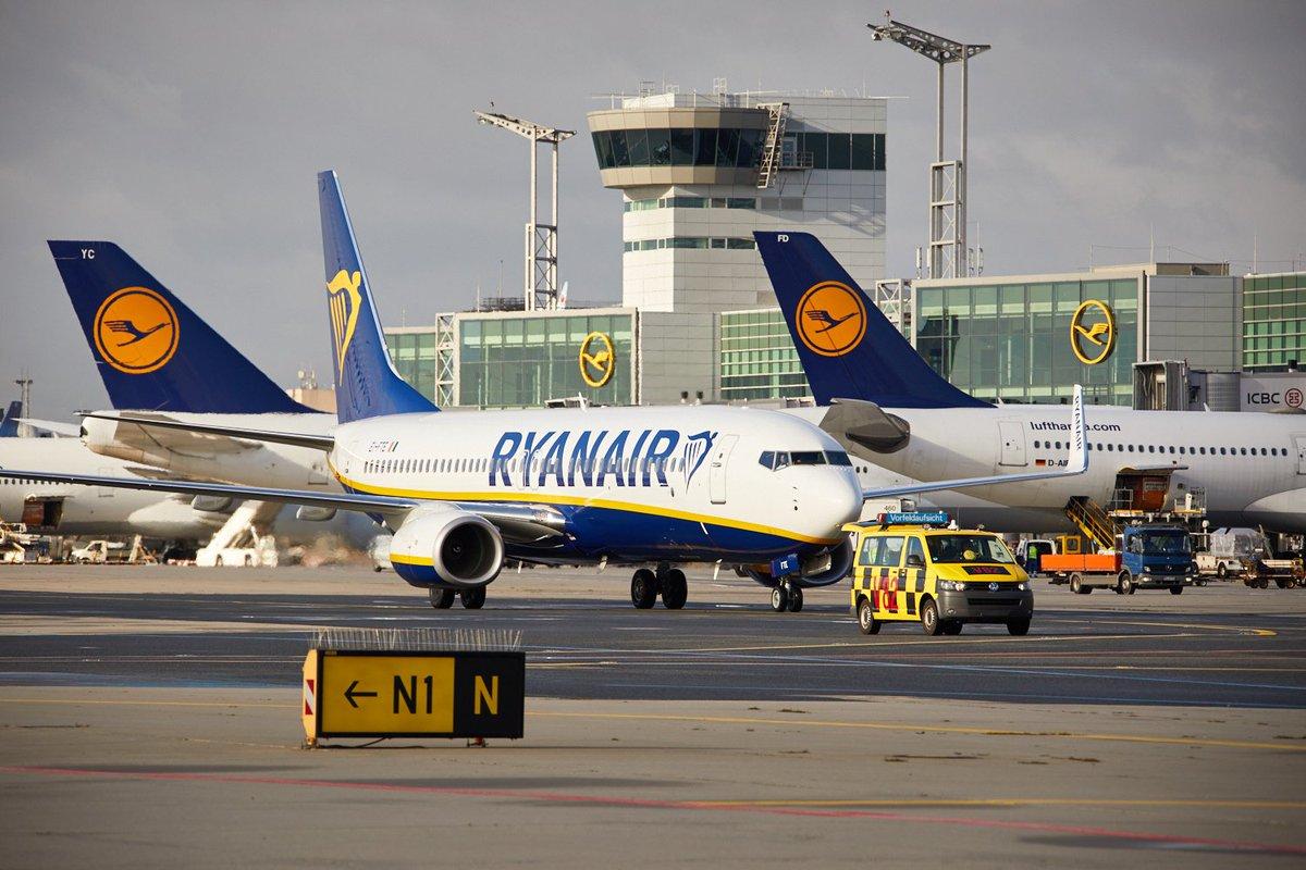 samoloty Lufthansy i Ryanaira