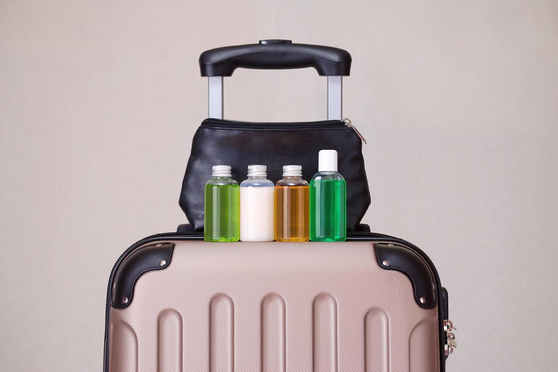 kosmetyki w bagażu podręcznym