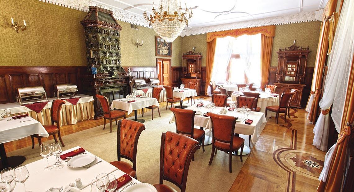 jadalnia w pałacu