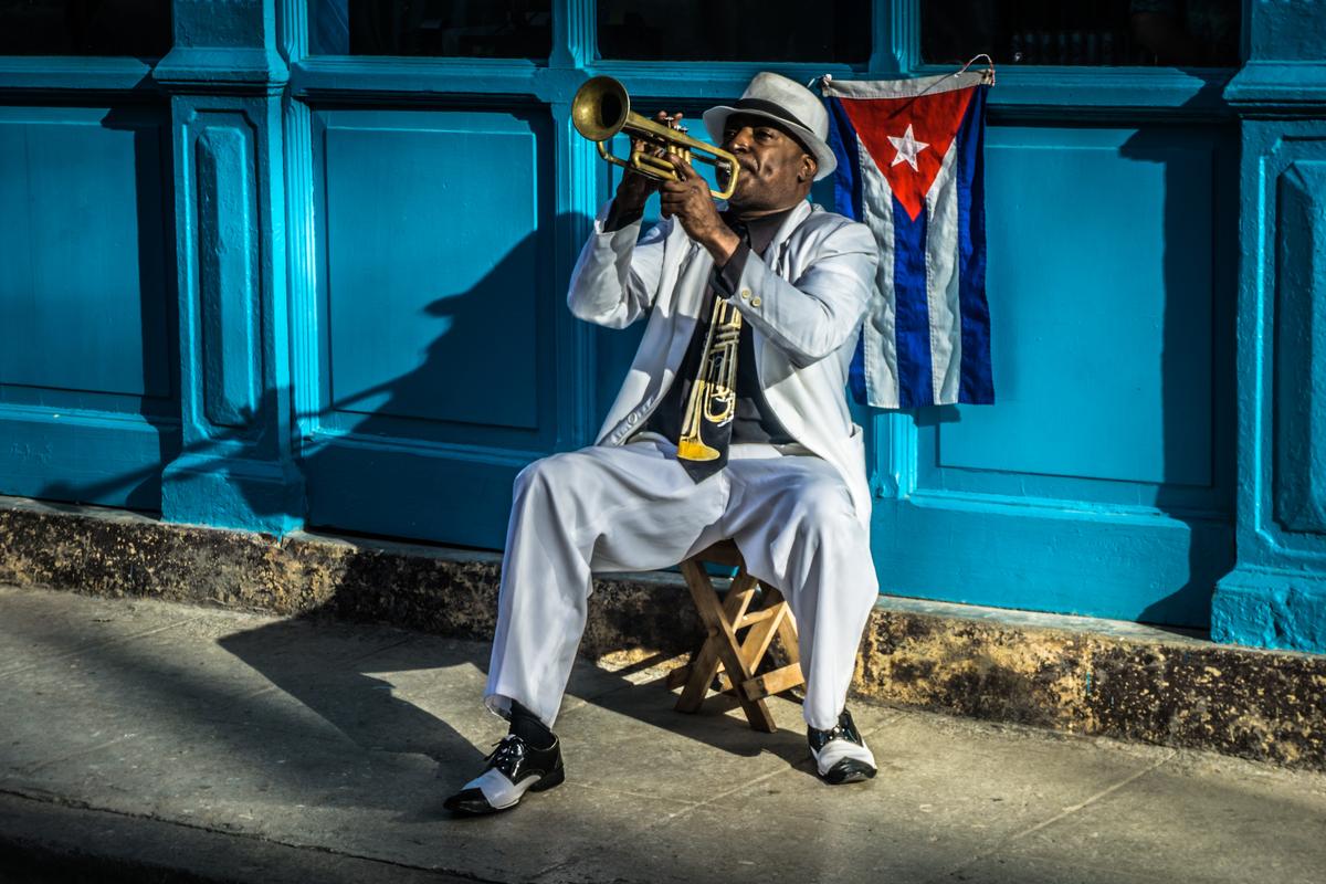 Kubańczyk z trąbką