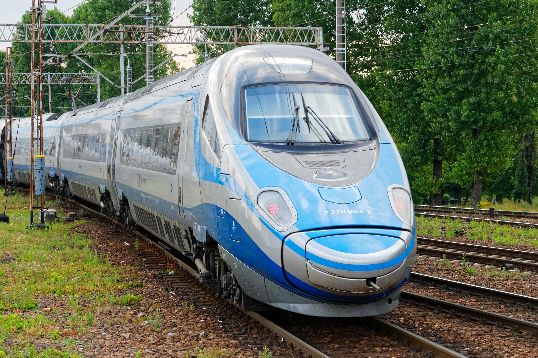 pociąg pendolino pkp