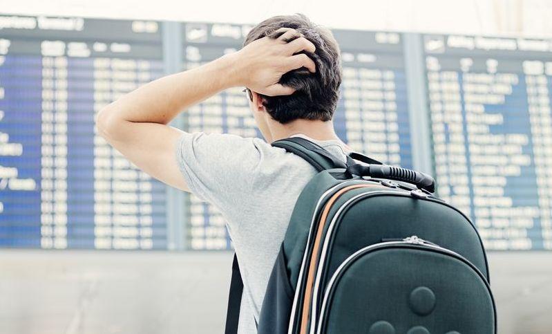 Pasażer na lotnisku