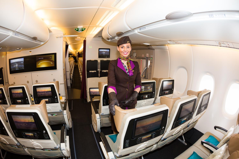 stewardesa Etihad