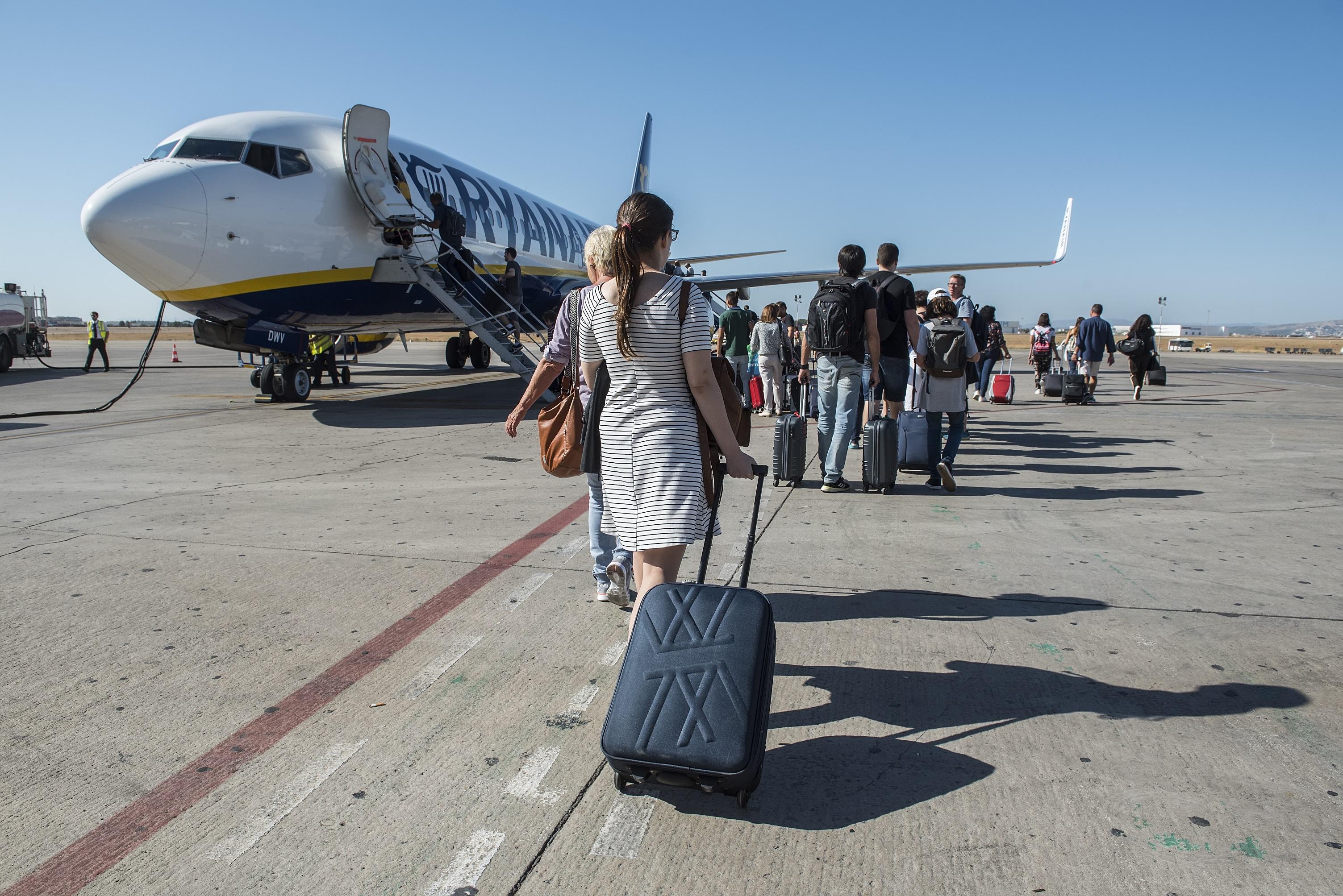 d1d78891b316a Ryanair będzie musiał wrócić do starych zasad? Jest śledztwo w ...