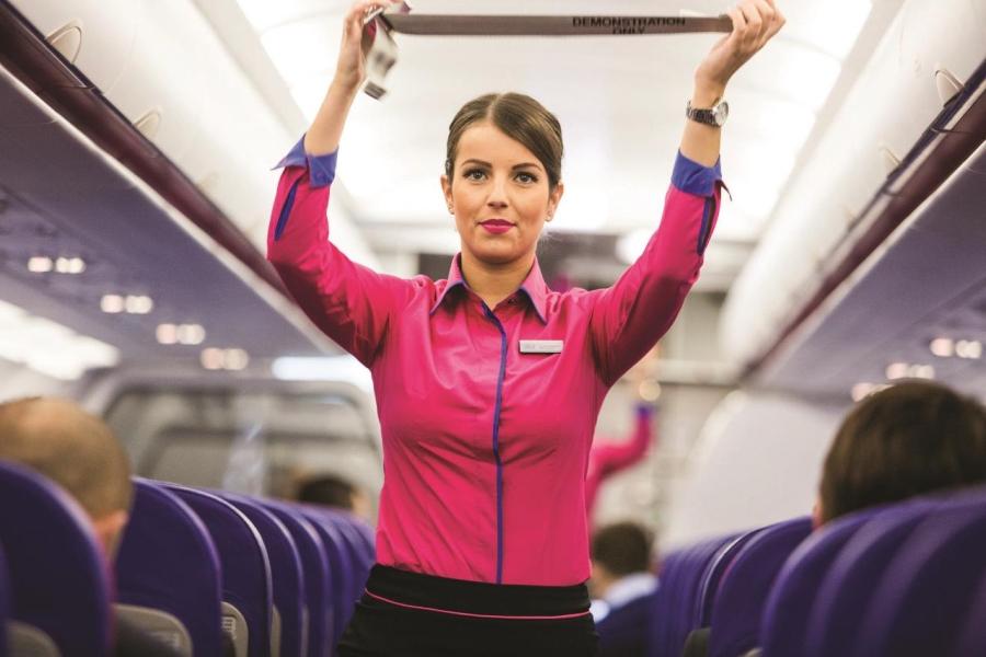 Stewardesa Wizz Air