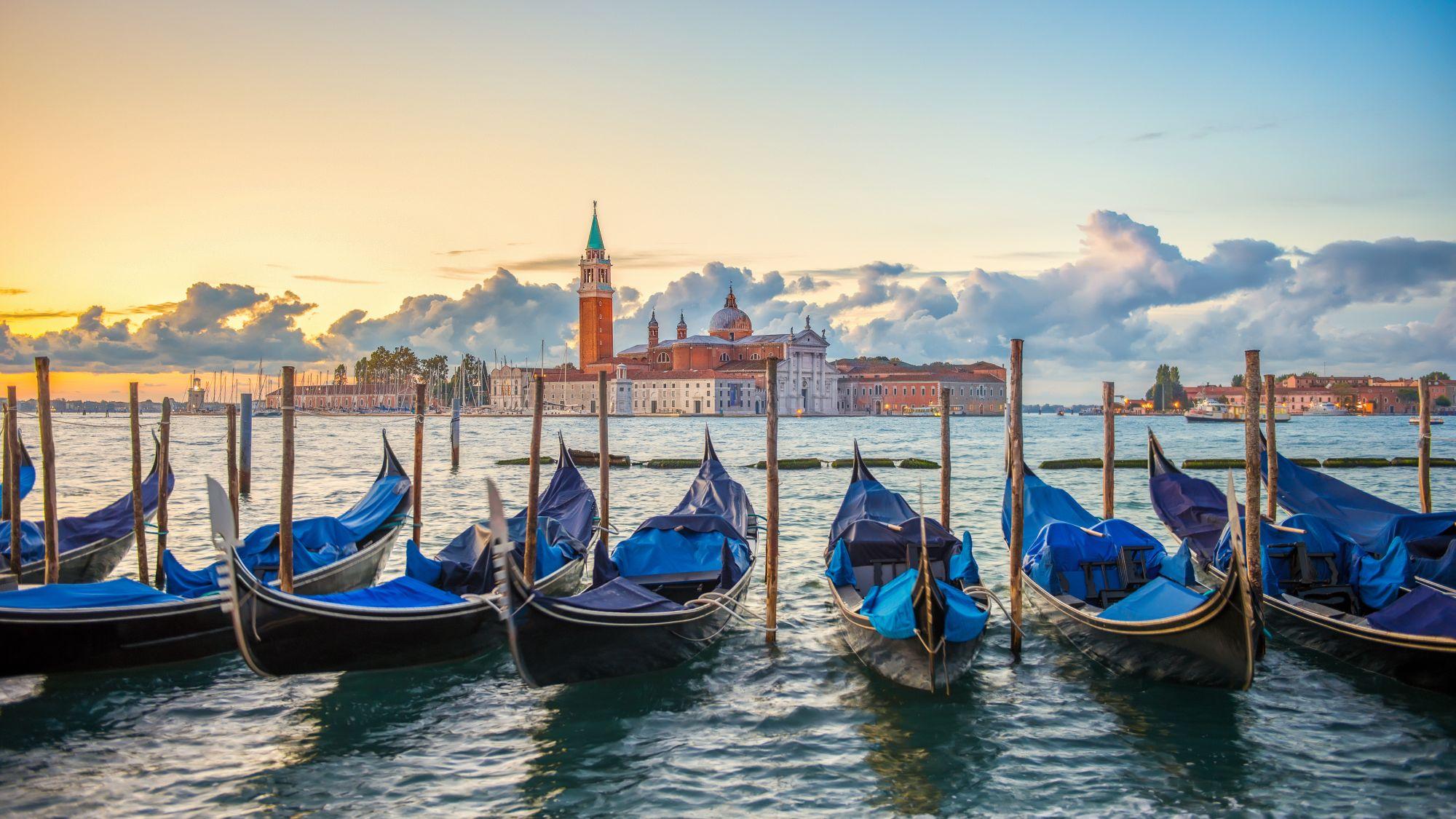 Wenecja widok łodzi