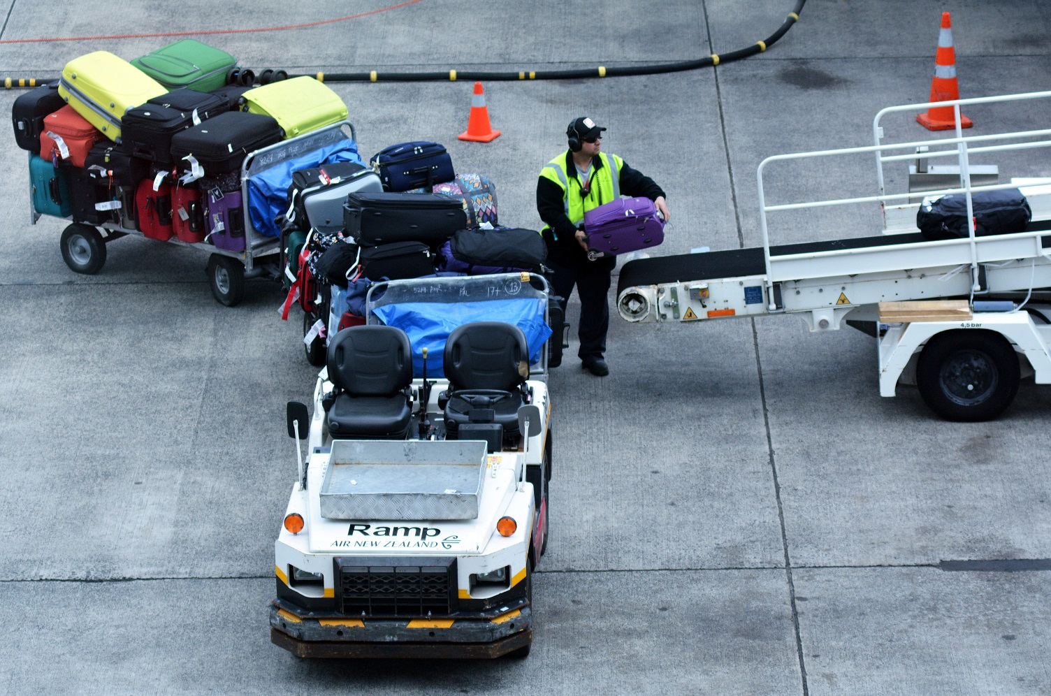 pakowanie bagażu do luku