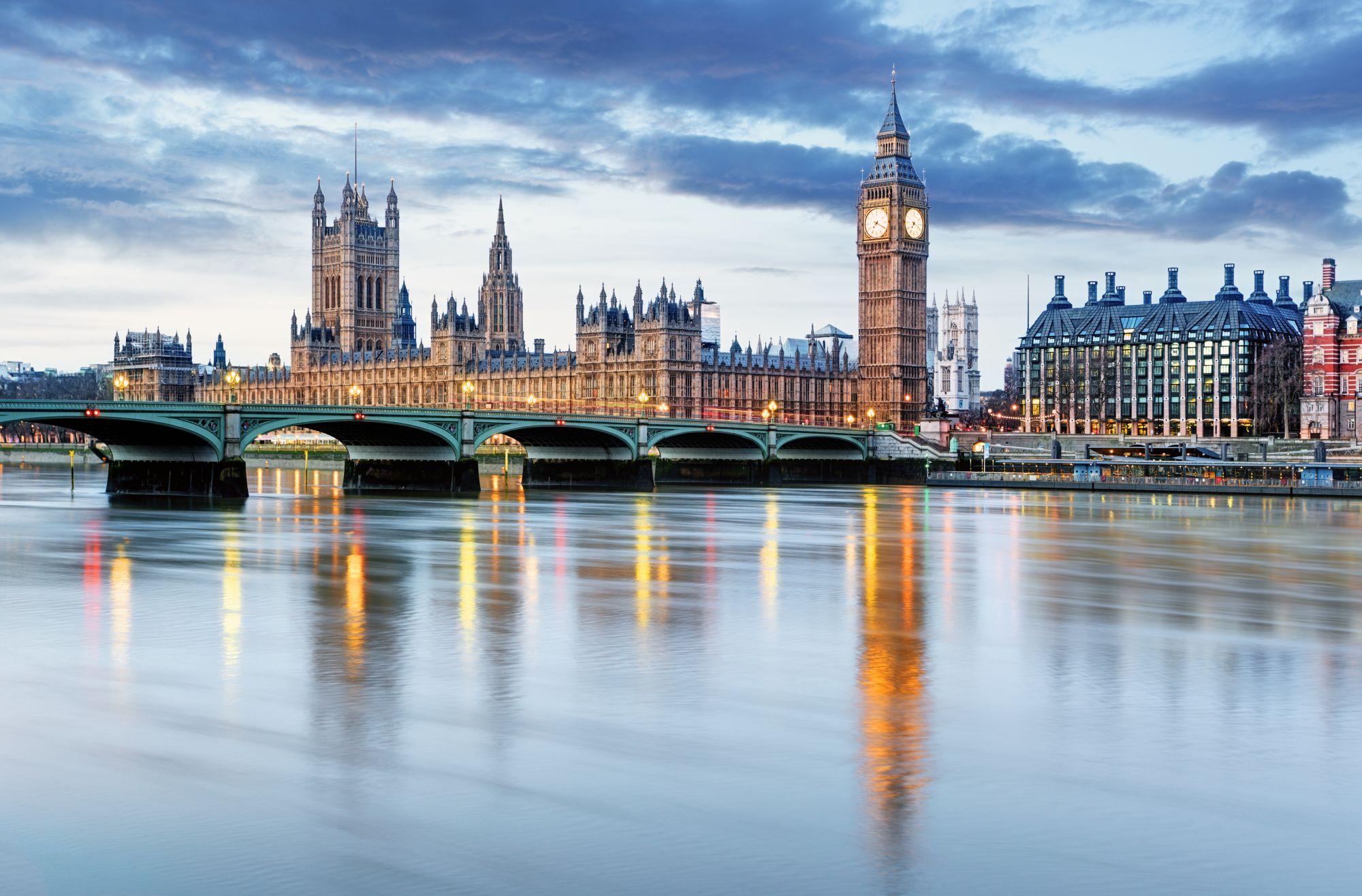 Londyn widok rzeki i miasta