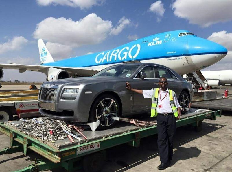 Przewóz samochodu drogą lotniczą