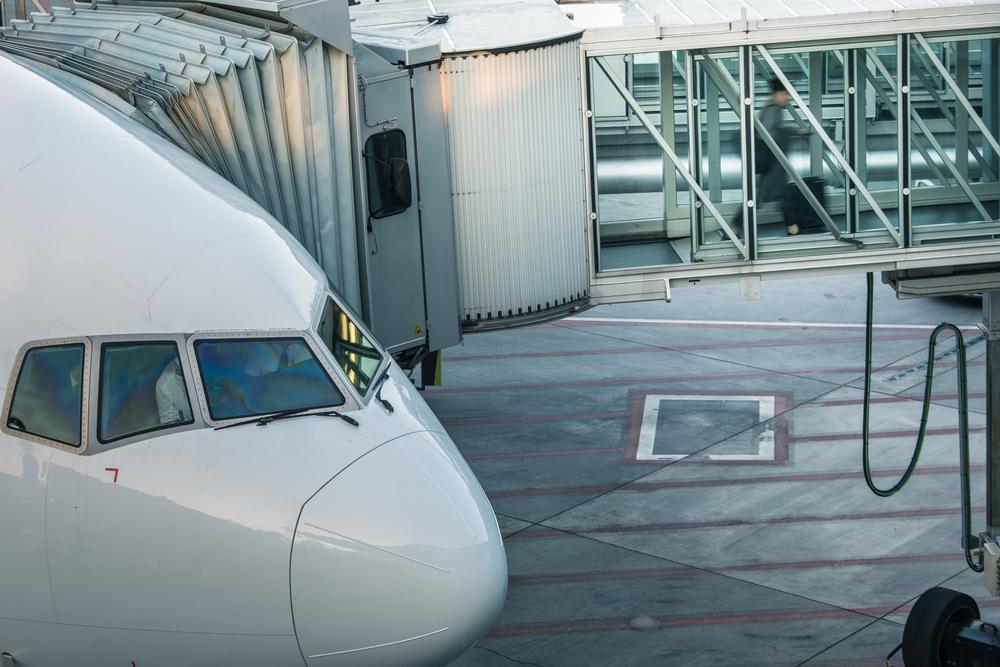 wejście na pokłąd samolotu