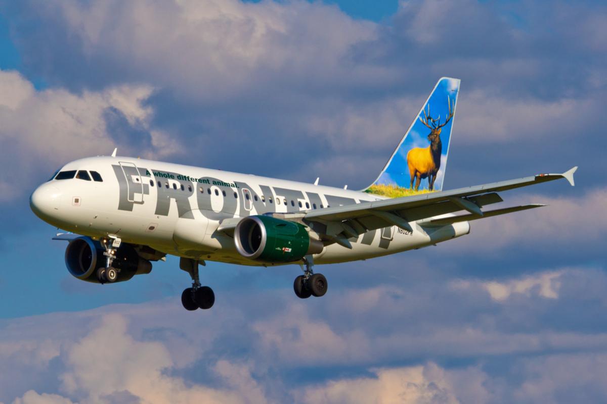 frontier samolot