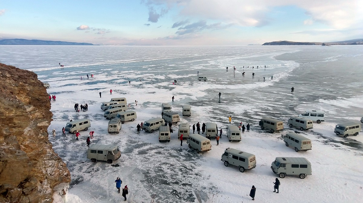 Turyści na Bajkale