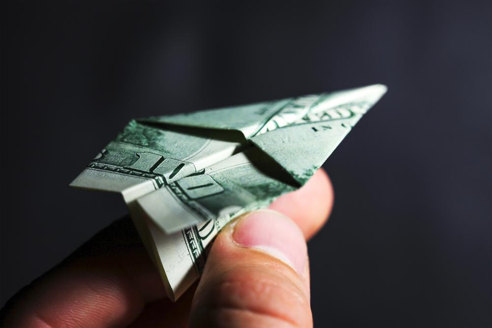 samolot z pieniędzy