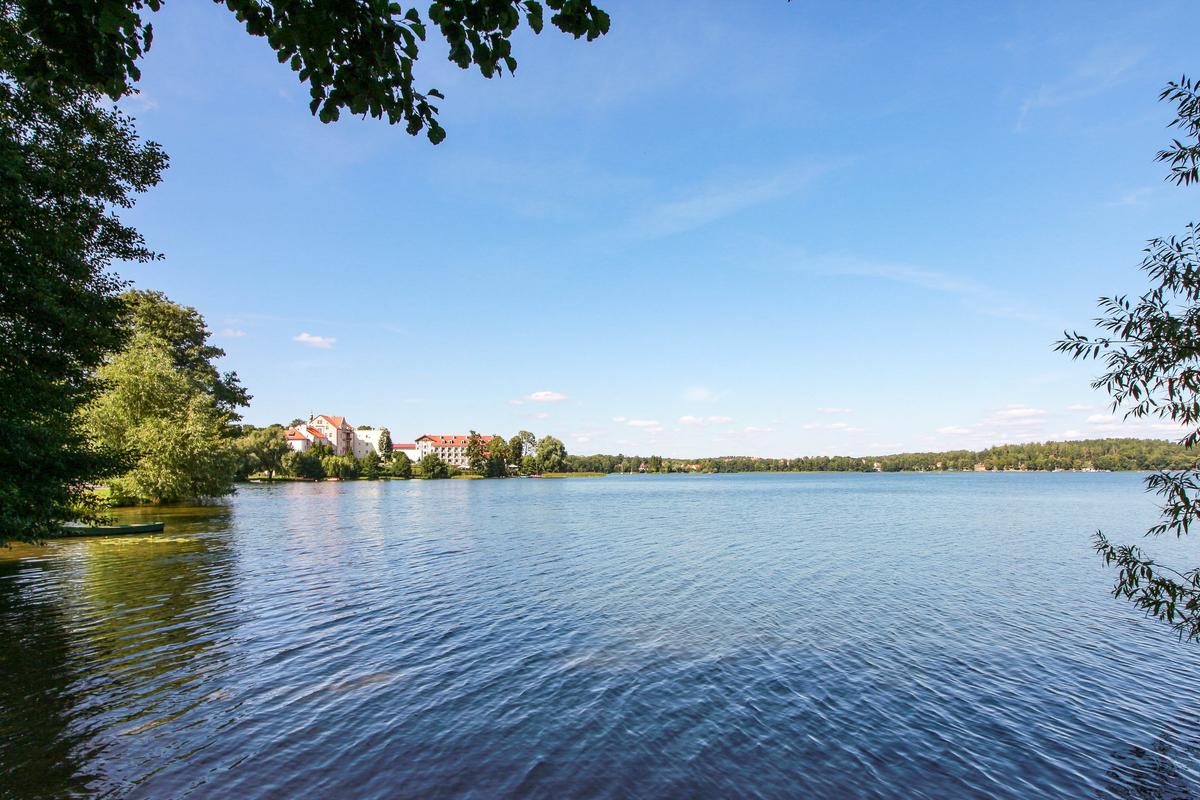 jezioro w mrągowie