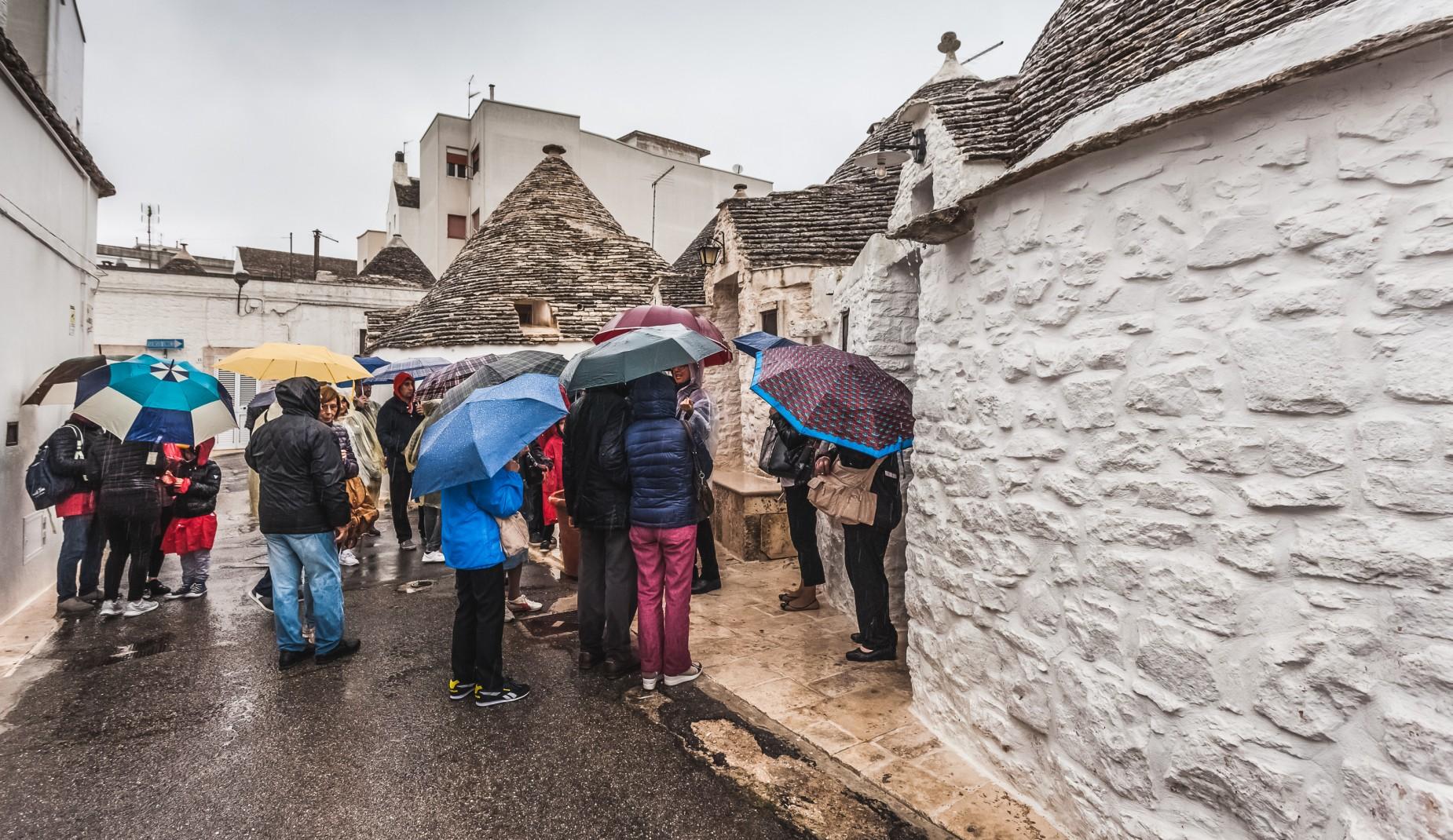 Zwiedzanie w deszczu