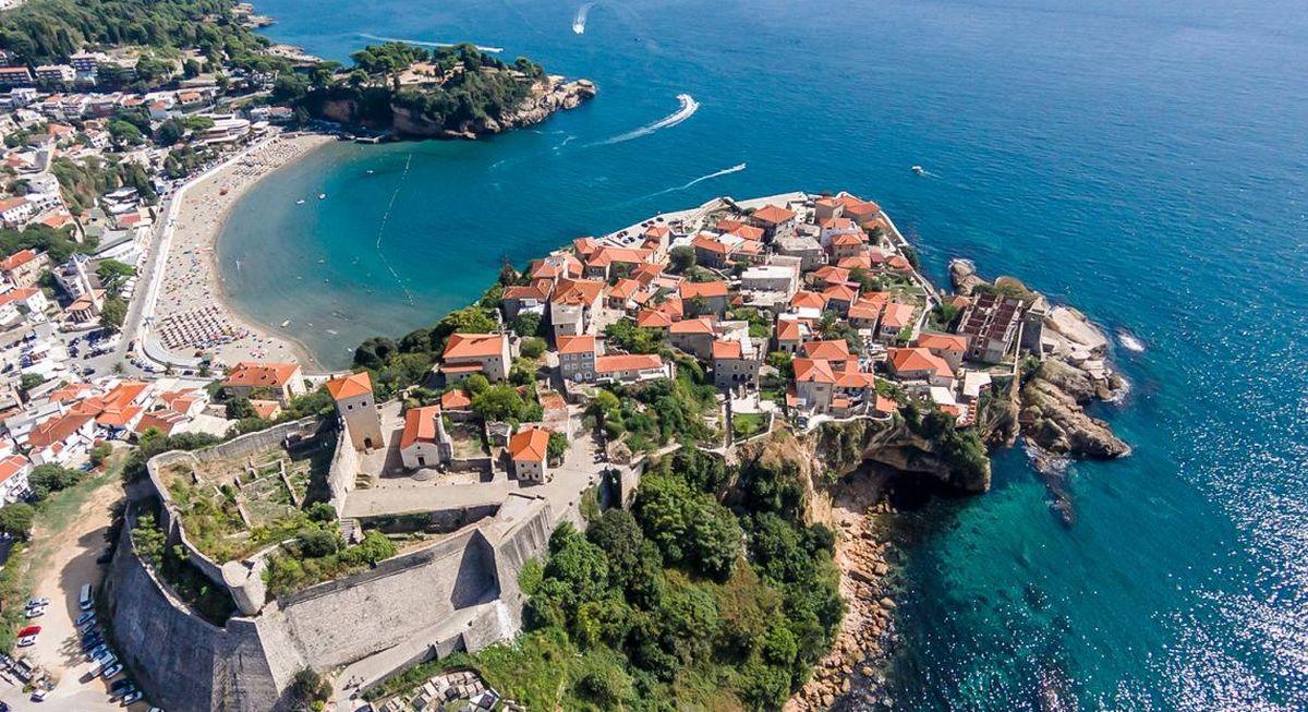 Wybrzeże w Czarnogórze