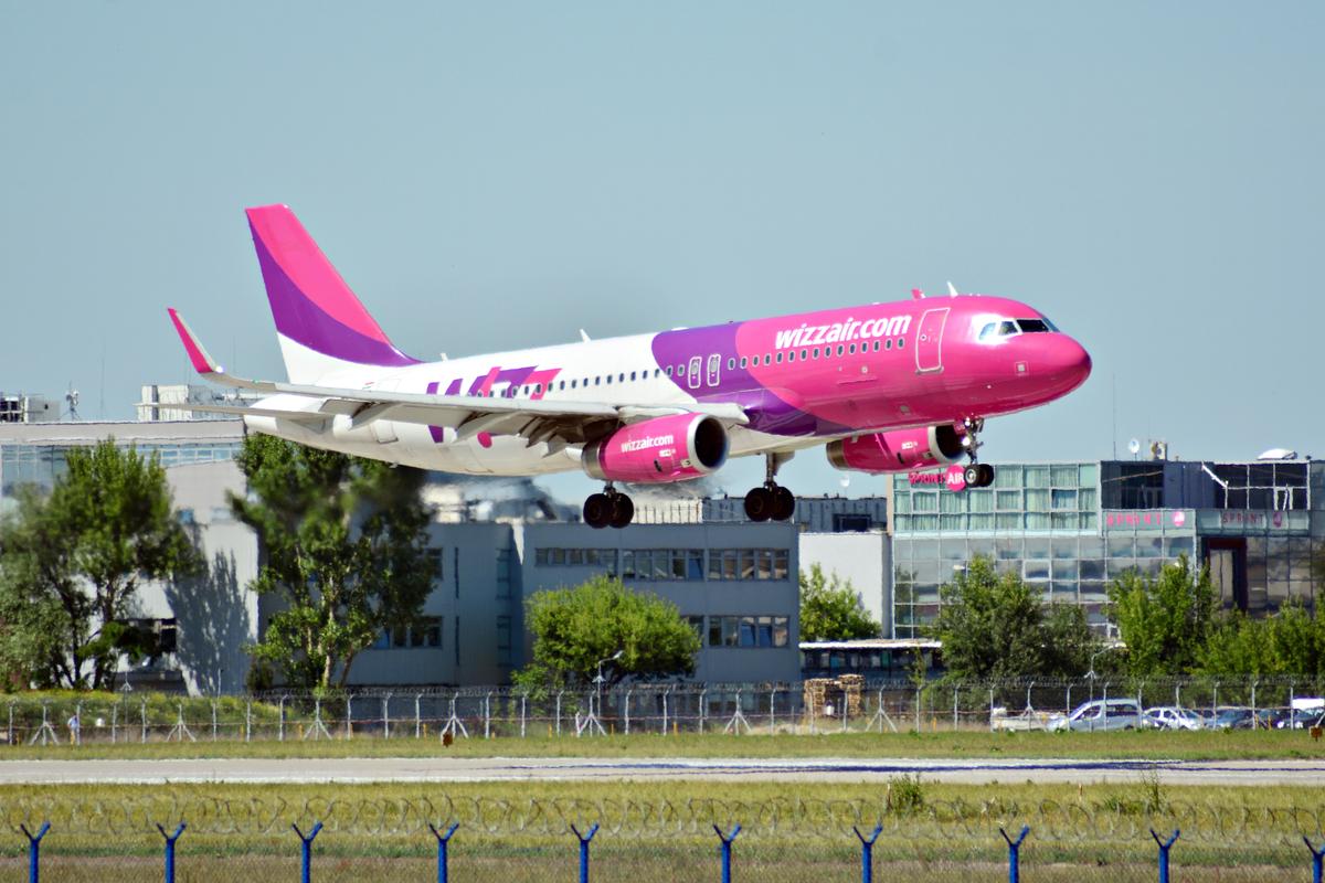 wizz air lotnisko chopina