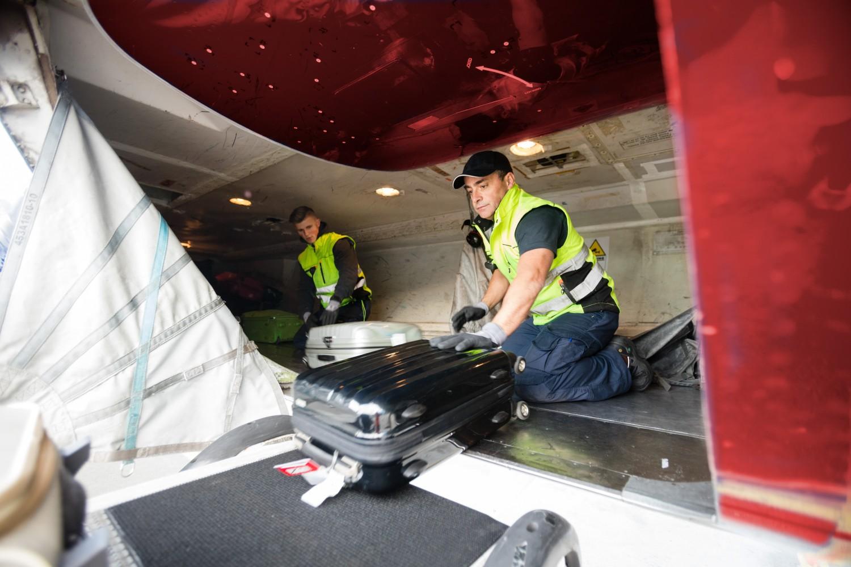 Luk bagażowy w samolocie