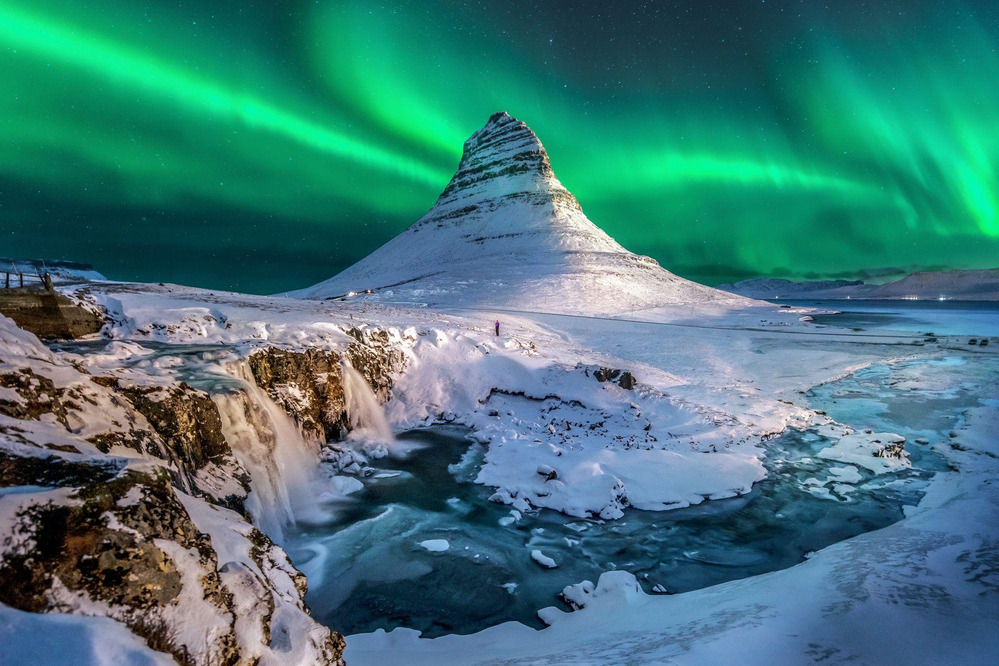 islandia zima zorza