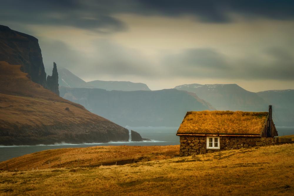 Samotny dom