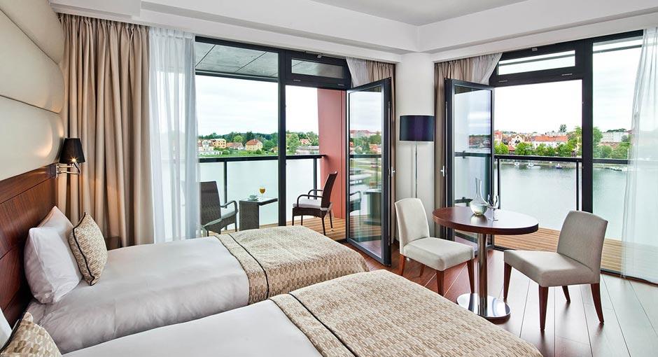 Hotel Mikołajki
