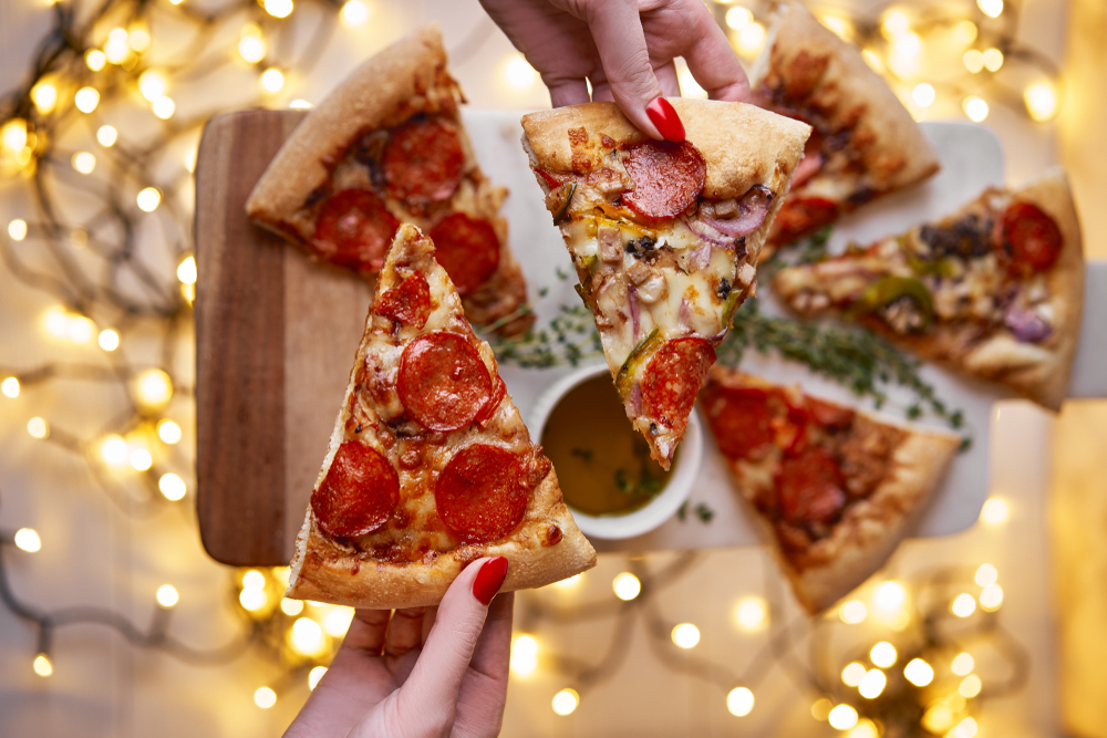 przyjęcie z pizzą