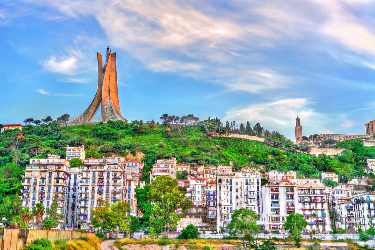 pomnik w algierze