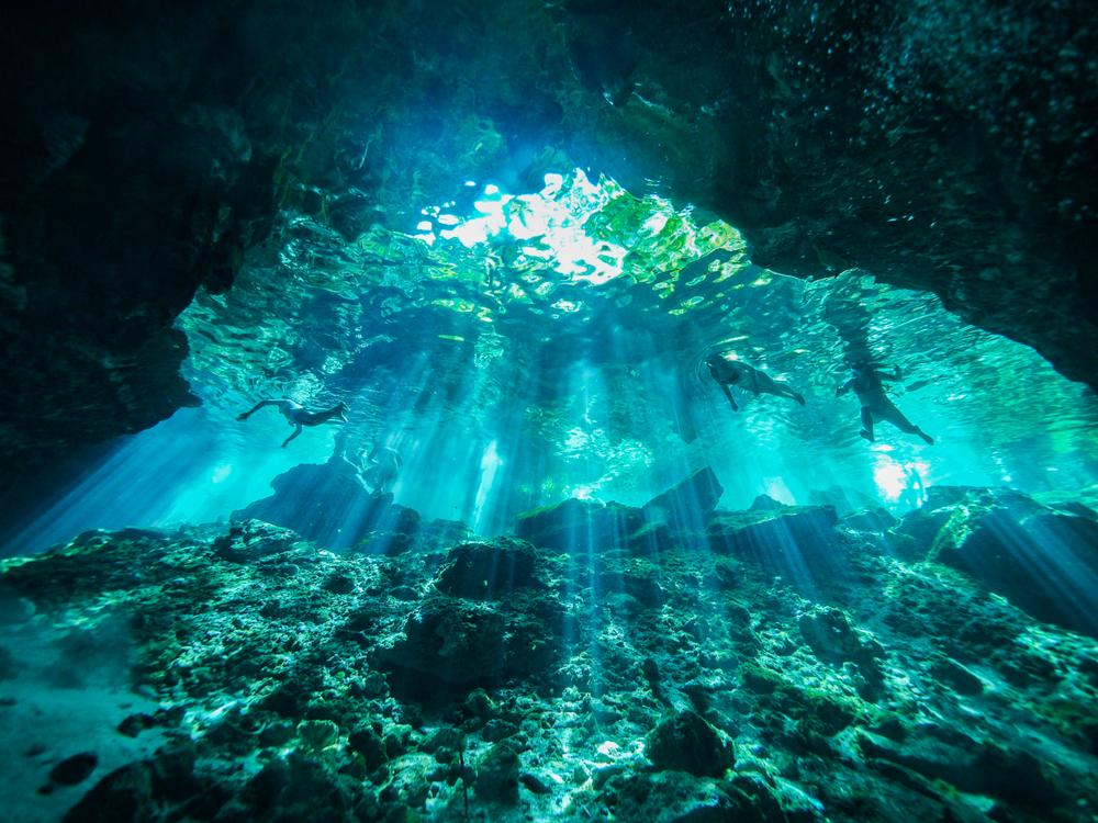 Podwodna jaskinia