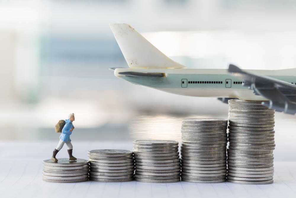 samolot pieniadze