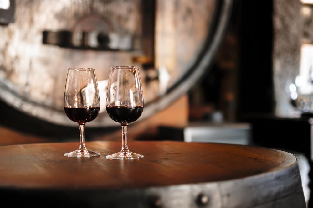 Wino i beczka