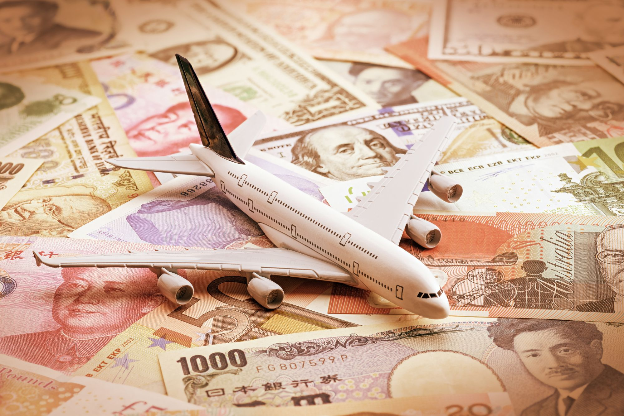 Samolot i banknoty
