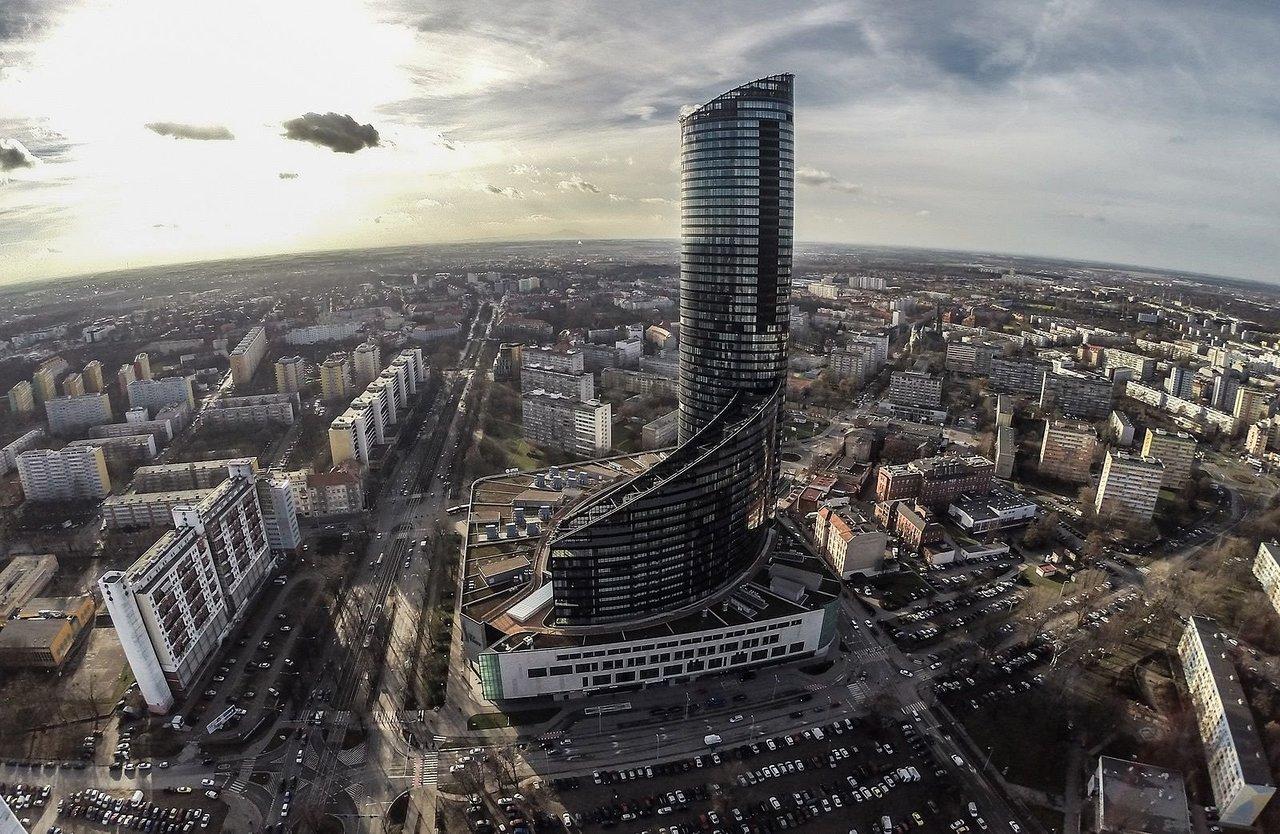 wroclaw skytower