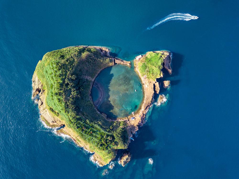 Wyspa na Azorach