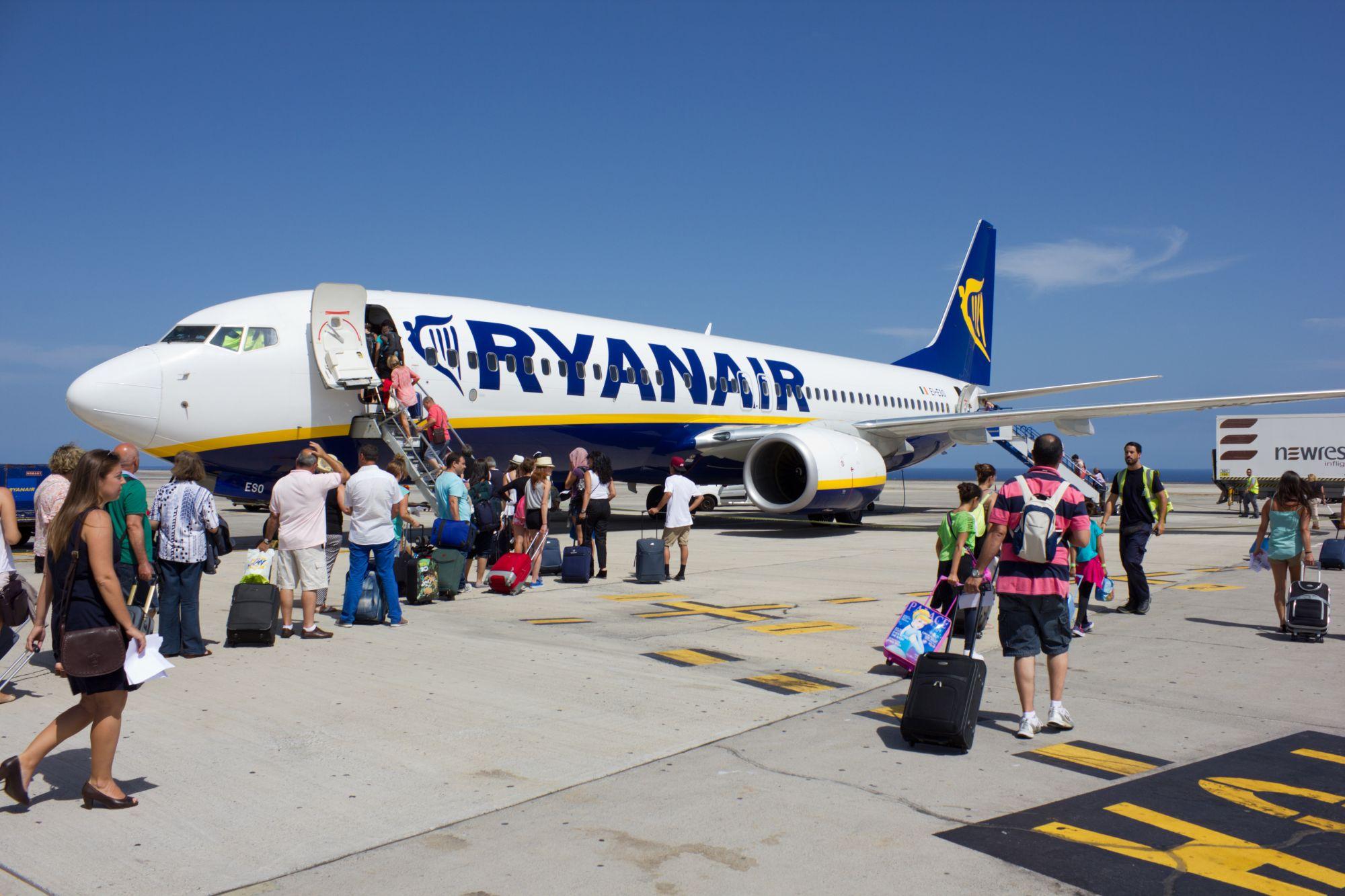 Ryanair обещает: Мы вернем всем деньги за отмененные рейсы в течение 10-12 недель