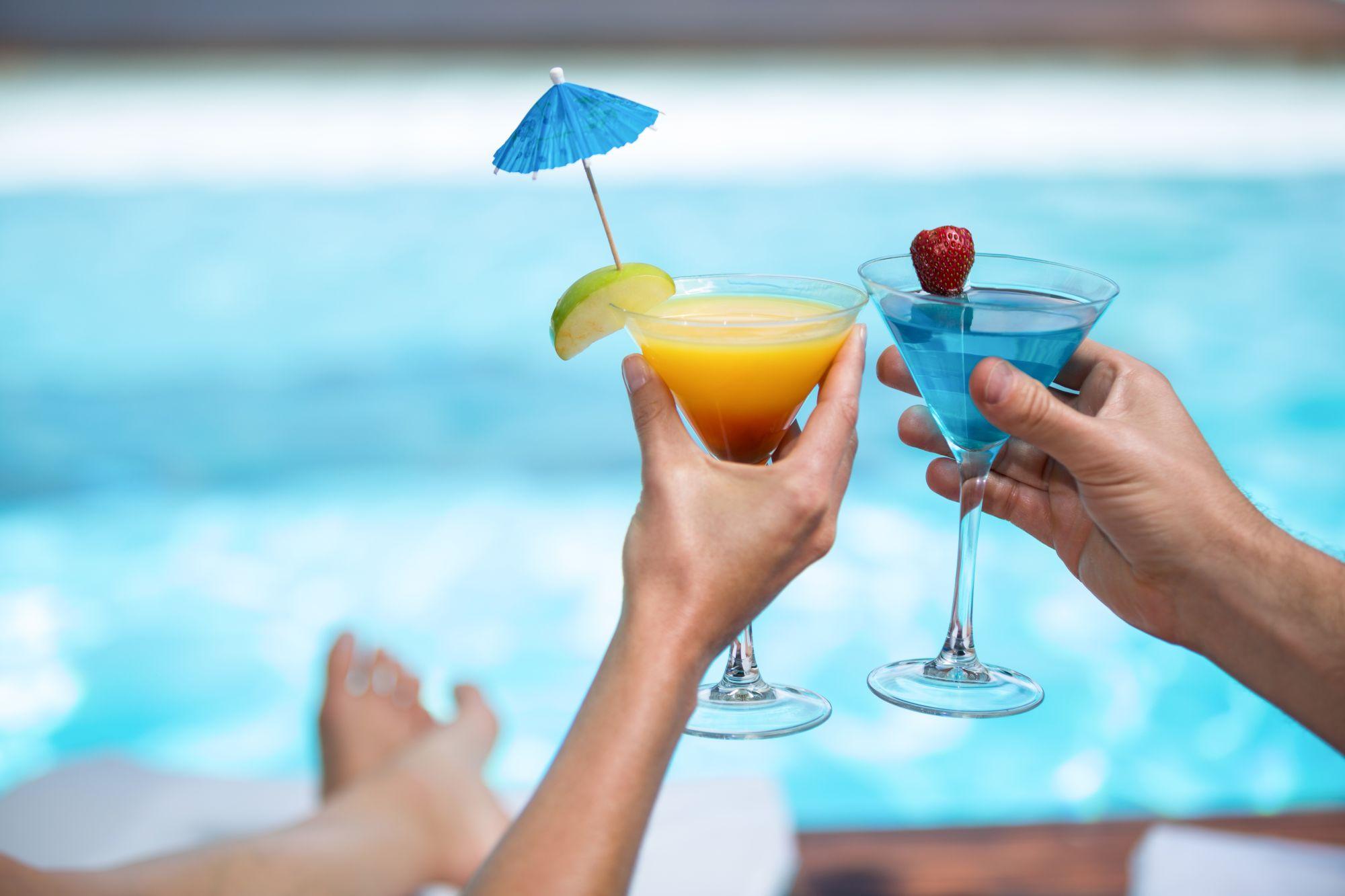 Drinki przy basenie