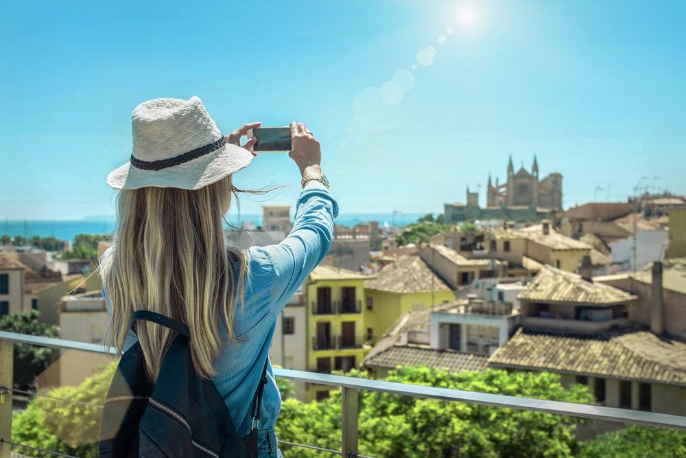 Turystka na Majorce