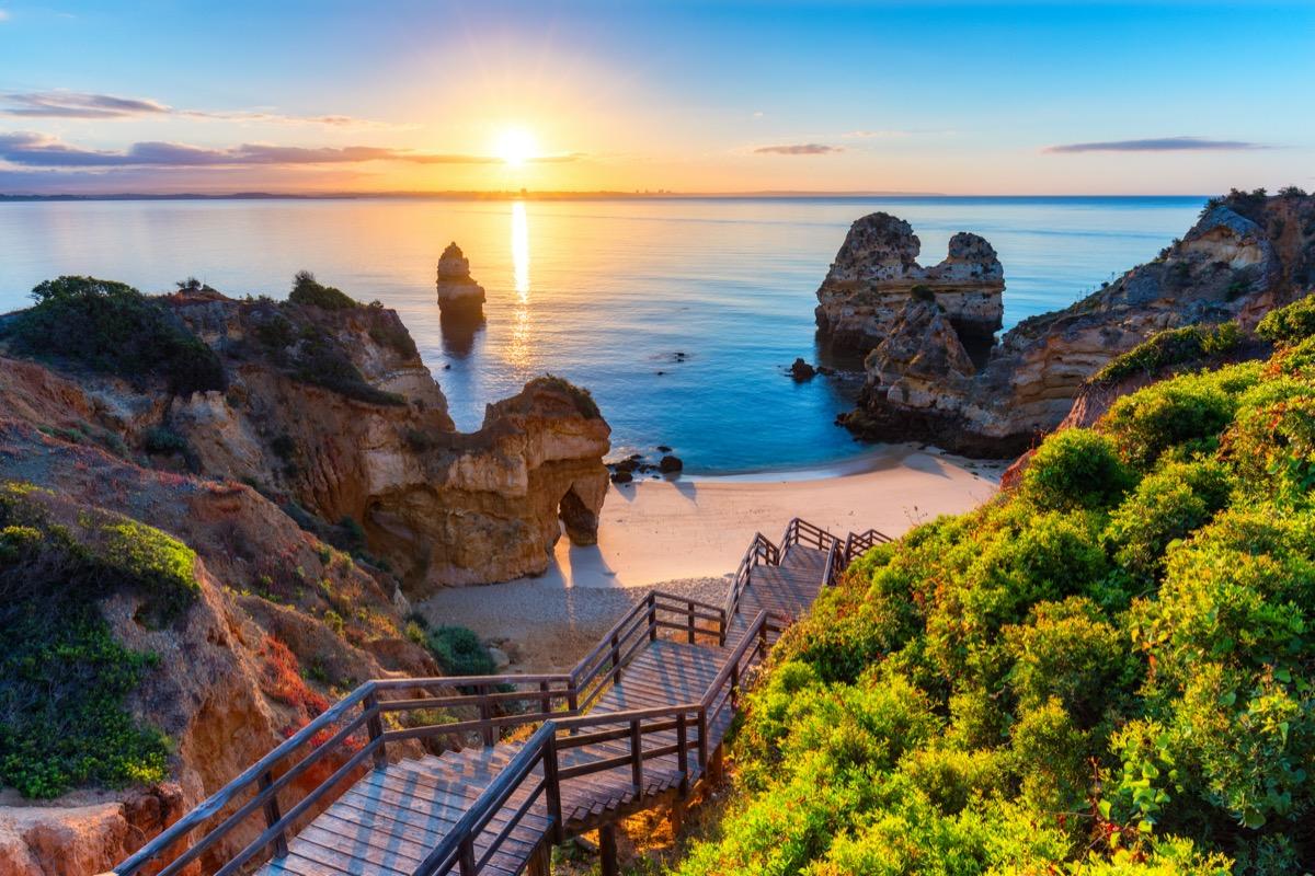 Wiosenna Wycieczka Do Algarve Za 617 Pln Loty Z Warszawy I Noclegi W 4 Hotelu Fly4free Pl Tanie Loty I Sposoby Na Tanie Bilety Lotnicze