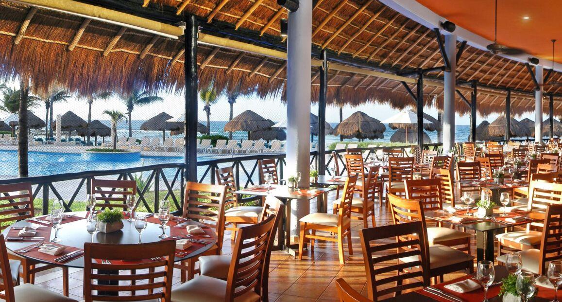 Catalonia Yucatan Beach