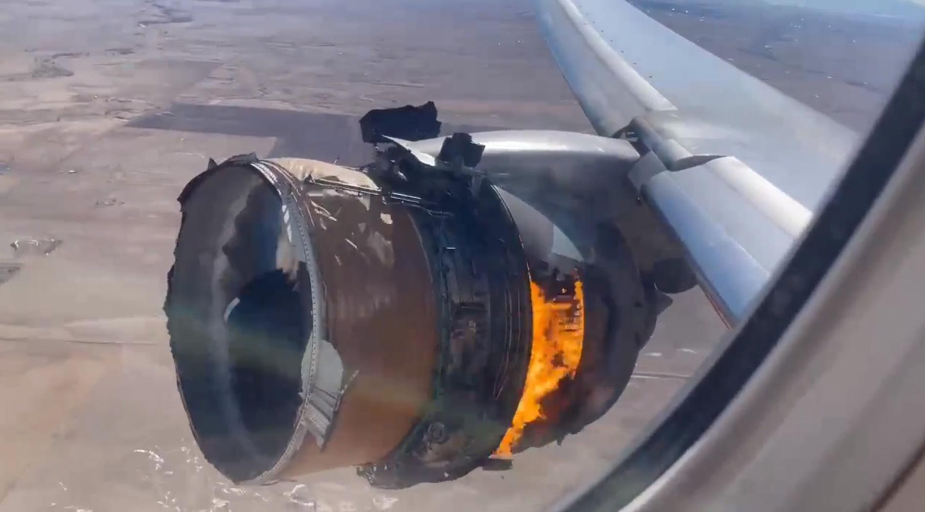 silnik boeing 777