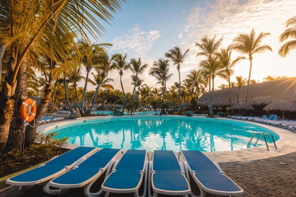 Playa Bachata Resort
